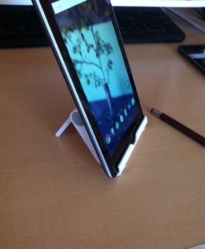 tabletstand_01.jpg